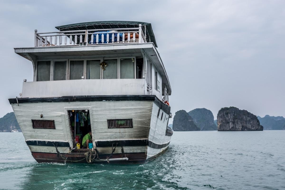 DSC_1395-Vietnam-Ha-Long-Bay-UNESCO-170413